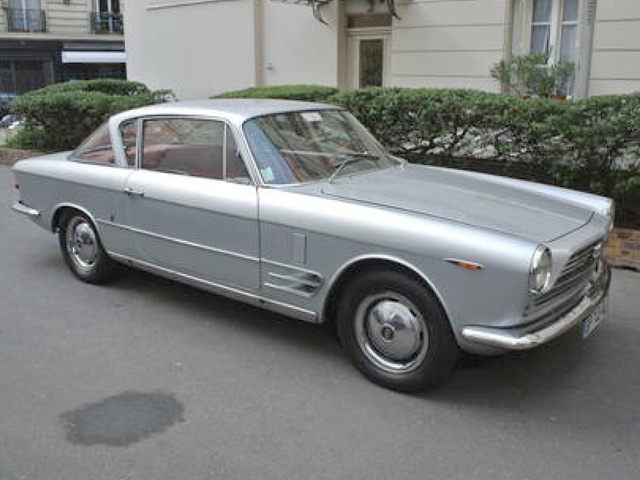 FIAT2300COUPE